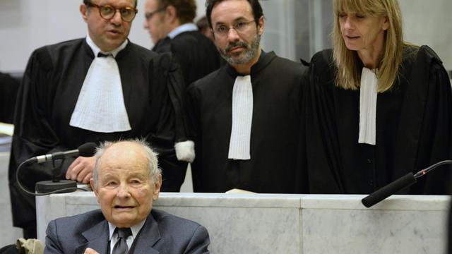Jacques Servier, fondateur des Laboratoires Servier, au tribunal correctionnel de Nanterre, le 21 mai 2013 [Lionel Bonaventure / AFP/Archives]