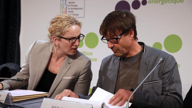 Delphine Batho et Nicolas Hulot, le 23 mai 2013, à Paris à l'ouverture du Débat sur la transition énergétique [Pierre Verdy / AFP]