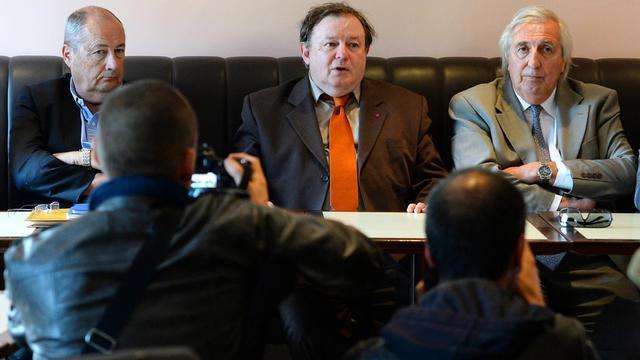 Les membres de la Haute Autorité des Primaires à Marseille et Aix, (de G à D) Jean-Pierre Deschamps, Jean-Pierre-Mignard et Christian Lestournelle, le 23 mai 2013 [Gerard Julien / AFP]