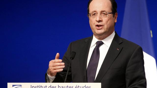 Le président François Hollande lors d'un discours à l'Institut des hautes études de défense nationale à Paris, le 24 mai 2013 [Remy de la Mauviniere / Pool/AFP/Archives]