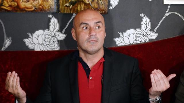 Le leader de Troisième Voie, Serge Ayoub, le 8 juin 2013 dans un café parisien [Lionel Bonaventure / AFP]