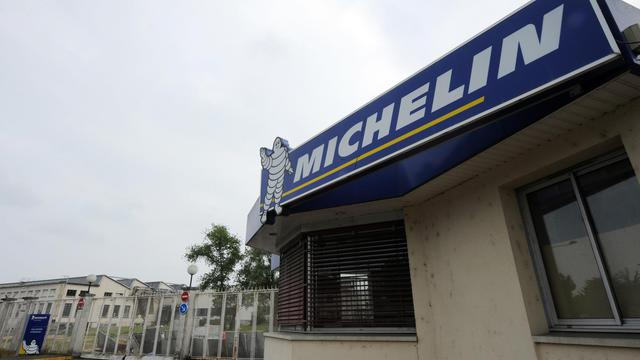 La porte de l'usine Michelin de Joué-lès-Tours, le 10 juin 2013 [Jean Francois Monier / AFP]