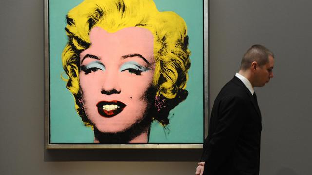 La Fondation Andy Warhol pour les arts visuels a annoncé mercredi qu'elle allait vendre aux enchères des oeuvres de l'artiste appartenant à sa collection, dont certaines inédites, en vertu d'un accord conclu avec la maison Christie's.[AFP]