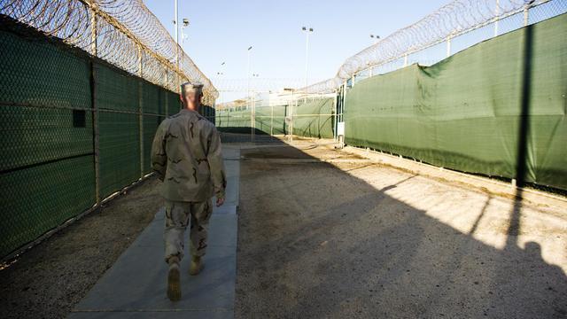 Le Pentagone a annoncé lundi la mort d'un détenu de Guantanamo, survenue samedi alors qu'il se trouvait en quartier disciplinaire, sans inculpation, le neuvième décès en dix ans d'existence de la controversée prison américaine. [AFP]