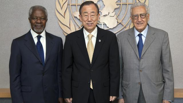 Le nouveau médiateur international pour la Syrie, Lakhdar Brahimi, débute lundi au Caire sa délicate mission de paix, au lendemain d'un sanglant attentat à Alep, la métropole du nord de la Syrie meurtrie par sept semaines de combats. [UNITED NATIONS]