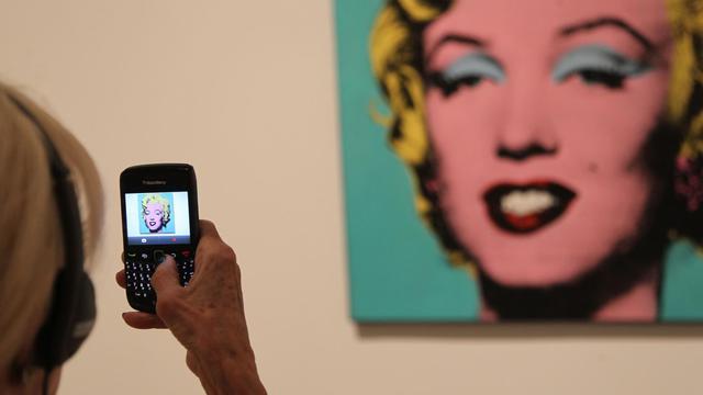 Le Metropolitan Museum of Art (Met) de New York va accueillir à partir de mercredi et jusqu'à la fin de l'année une exposition consacrée à l'influence d'Andy Warhol dans l'art contemporain de ces 50 dernières années. [AFP]