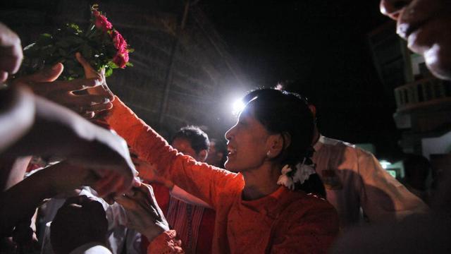 Aung San Suu Kyi, l'opposante birmane lors d'un meeting