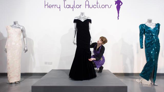 La robe a déjà été vendue aux enchères par le passé