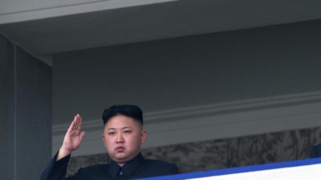 Le dirigeant nord-coréen Kim Jong-Un lors d'un défilé militaire, le 15 avril 2012 à Pyongyang.