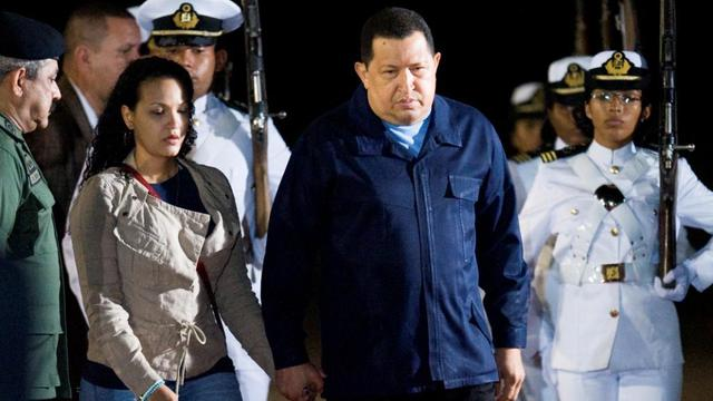 Hugo Chavez quitte le Venezuela pour soigner son cancer