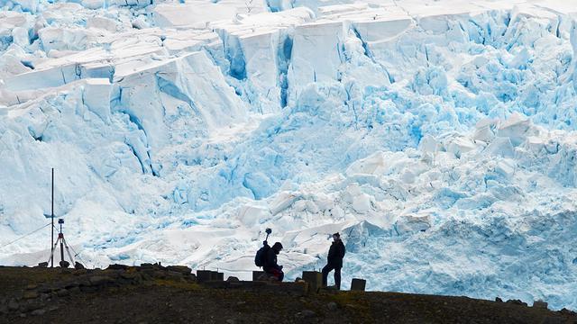 Des scientifiques en Antarctique