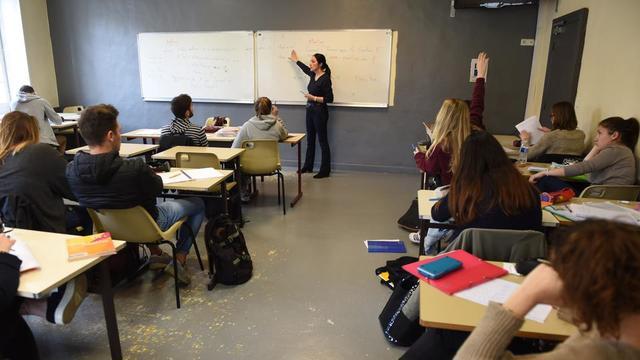 Même si la professeure a été choquée par cette affaire, elle souhaite retrouver rapidement sa classe.