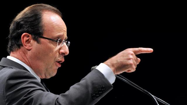 François Hollande en meeting à Aurillac