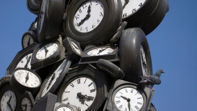 Horloge De L Apocalypse M 3 Avant La Fin Du Monde Cnews