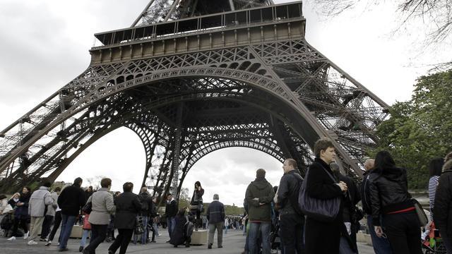 Près de 7,1 millions de personnes ont visité la Tour Eiffel en 2014. Un record.
