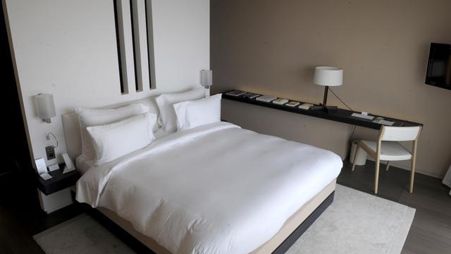 Un lit d'hôtel