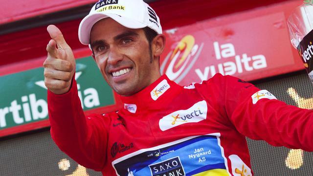 L'Espagnol Alberto Contador (Saxo Bank) a pris les commandes du Tour d'Espagne après sa victoire en solitaire mercredi lors de la 17e étape courue sur 187,3 km entre Santander et Fuente Dé[AFP]