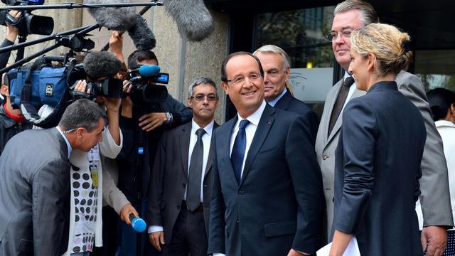 François Hollande, Jean-Marc Ayrault, Delphine Batho et Jean-Paul Delevoye avant la conférence environnementale à Paris.