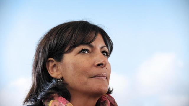 Anne Hidalgo entend proposer deux mesures pour lutter contre les voitures polluantes.