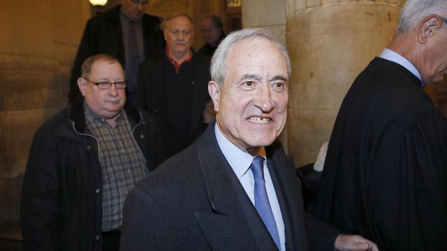 Jean Tiberi quitte le palais de justice de paris, le 12 novembre 2012 [Patrick Kovarik / AFP/Archives]