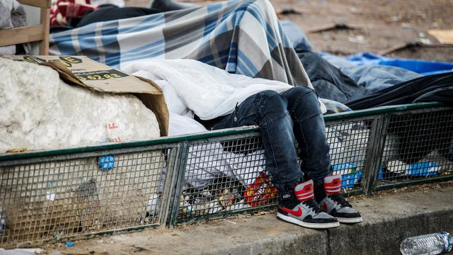 A La Chapelle, de nombreux toxicomanes vivent sur la «Colline du crack».