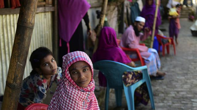 Des réfugiés Rohingyas dans un camp à Teknaf, le 26 novembre 2016 au Bangladesh [MUNIR UZ ZAMAN / AFP/Archives]