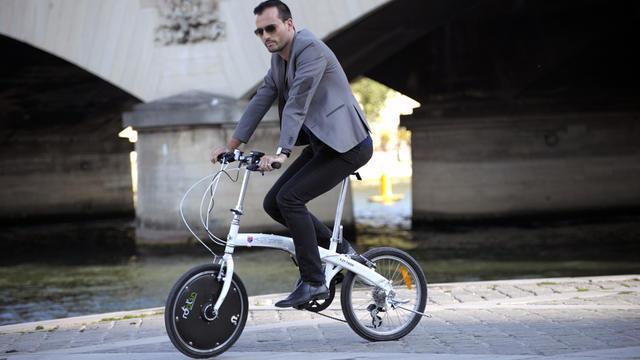 La roue électrique est proposée à la vente pour diverses tailles de vélo.