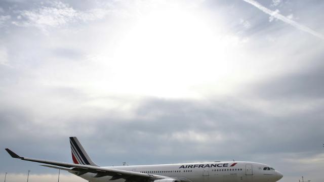Un appareil de la compagnie Air France, le 12 octobre 2015 à l'aéroport de Roissy [THOMAS SAMSON / AFP/Archives]