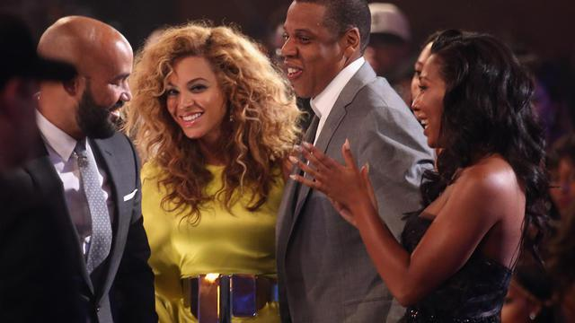 Le rappeur Jay-Z et son épouse, la chanteuse Beyoncé Knowles le 1er juillet 2012 à Los Angeles, en Californie [Christopher Polk / Getty Images/AFP/Archives]