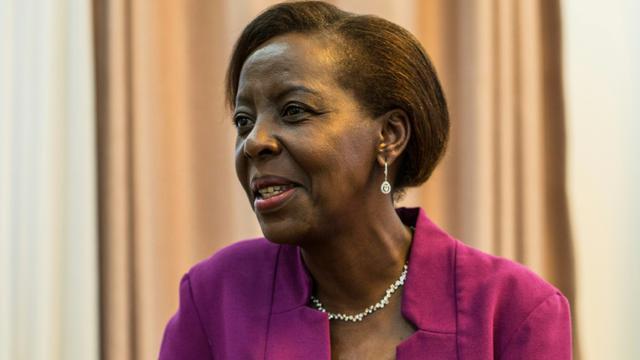 La Rwandaise Louise Mushikiwabo, candidate au poste de secrétaire générale de l'Organisation internationale de la Francophonie (OIF), le 2 août 2018 à Kigali [JACQUES NKINZINGABO / AFP/Archives]