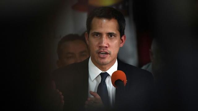 Le leader de l'opposition vénézuélienne et président autoproclamé Juan Guaido, lors d'une conférence de presseà Caracas le 14 mai 2019 [RONALDO SCHEMIDT / AFP]