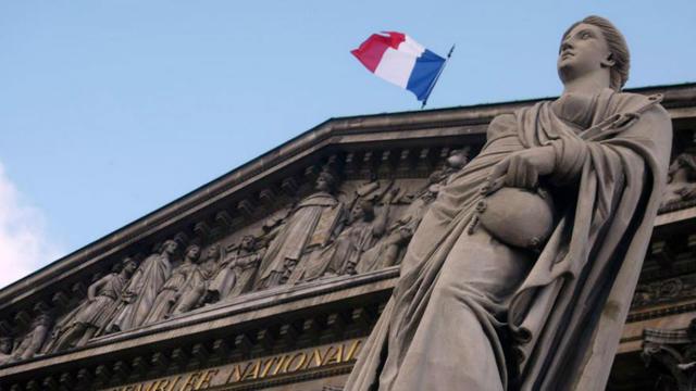 La motion de censure a fait vaciller le gouvernement une seule fois, celui de Georges Pompidou en 1962.