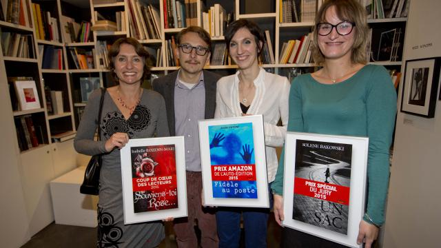 Lorànt Deutsch entouré des trois lauréates