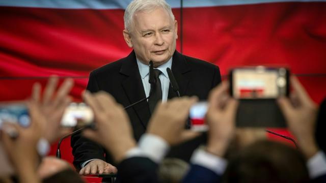 Le chef de file du parti Droit et Justice (PiS) de Jaroslaw Kaczynski, le 13 octobre 2019 à Varsovie [Wojtek RADWANSKI / AFP]