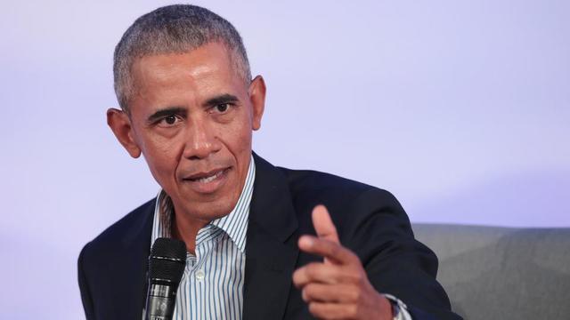 Barack Obama appelle notamment les Américains à davantage aller voter aux élections locales.