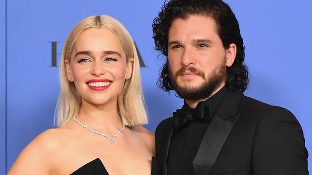 Un malaise qui s'explique aussi par le fait qu'Emilia Clarke, alias Daenerys Targaryen est également très amie avec Rose Leslie, la compagne de Kit Harington.