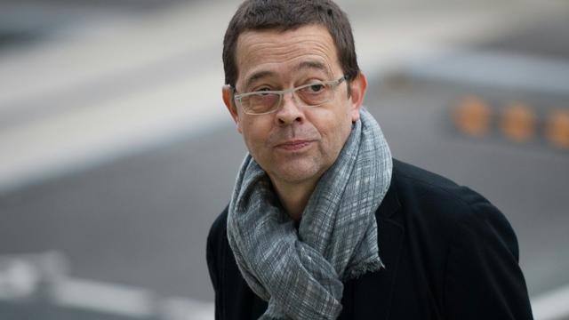 L'ancien docteur Nicolas Bonnemaison arrive à la cour d'assises d'Angers le 24 octobre 2015 [JEAN-SEBASTIEN EVRARD / AFP]