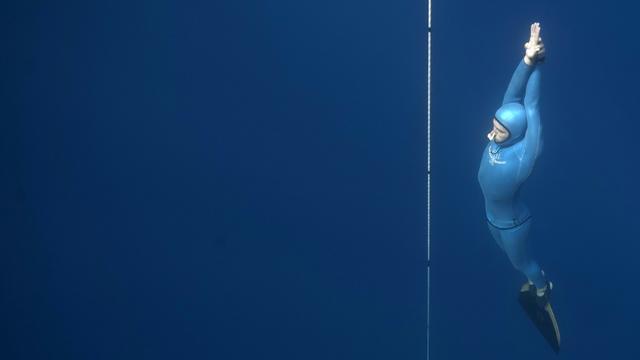 Le champion français d'apnée Guillaume Néry lors d'un entraînement en Méditerranée, le 18 juillet 2015 près de Nice [Boris Horvat / AFP/Archives]