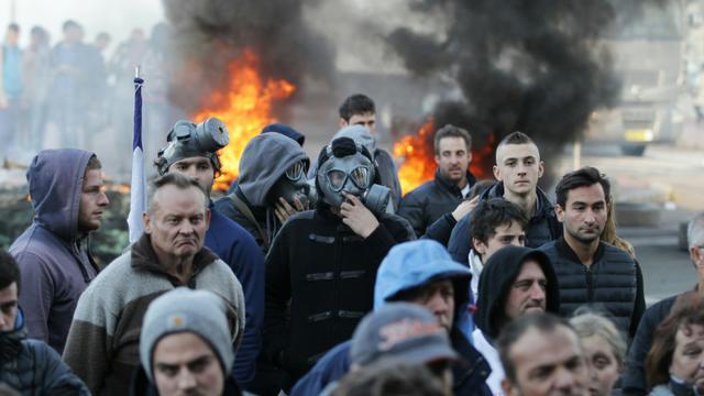Manifestation contre le déplacement de la traditionnelle fête foraine du centre-ville le 13 octobre 2015 à Rouen [CHARLY TRIBALLEAU / AFP]