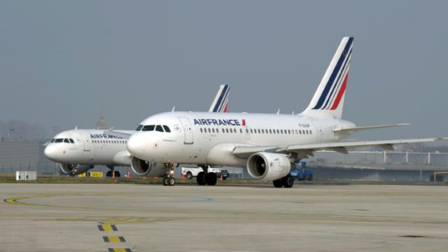 Des avions d'Air France sur le tarmac de l'aéroport de Roissy, le 18 mars 2015 [Eric Piermont / AFP/Archives]