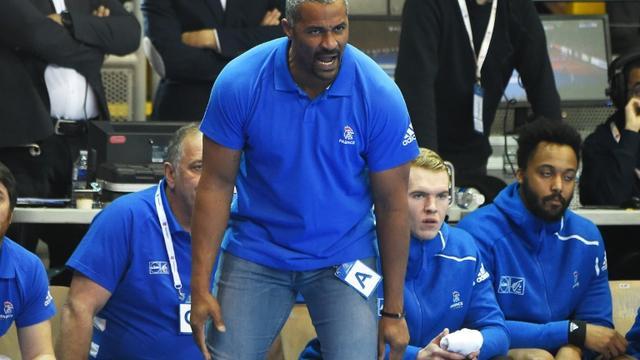 Le sélectionneur de l'équipe de France de handball Didier Dinart lors d'un match de qualification pour l'Euro-2020 contre le Portugal, le 14 avril 2019 à Strasbourg    [FREDERICK FLORIN / AFP/Archives]