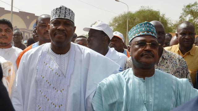 Hama Amadou (g) au Niger le 15 juin 2014 [Boureima Hama / AFP/Archives]