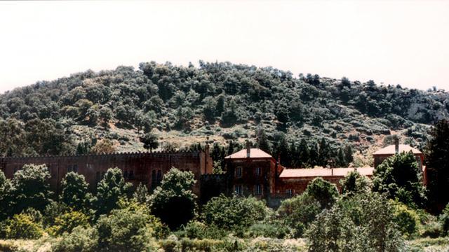 Photo prise le 26 mai 1996 du monastère de Tibérihine dans l'Atlas algérien