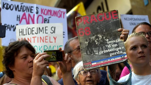 Rassemblement des Praguois à l'occasion du 50e anniversaire du Printemps de Prague, le 21 août 2018 [Michal CIZEK / AFP]