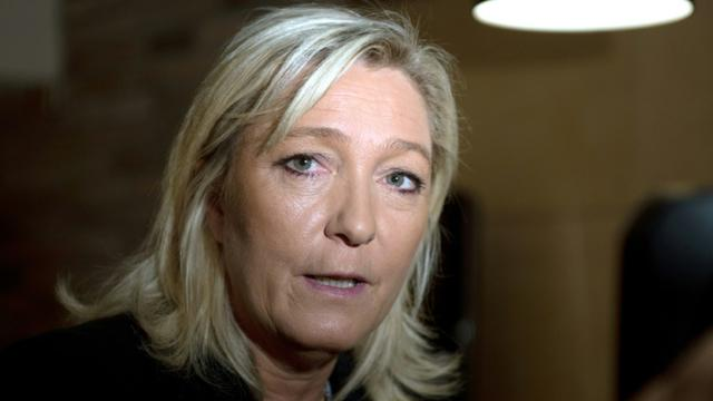 La présidente du Front National Marine Le Pen lors d'une conférence de presse pour annoncer sa candidature aux élections régionales en Nord-Pas-de-Calais/Picardie, le 30 juin 2015 à Arras [Denis CHARLET / AFP/Archives]