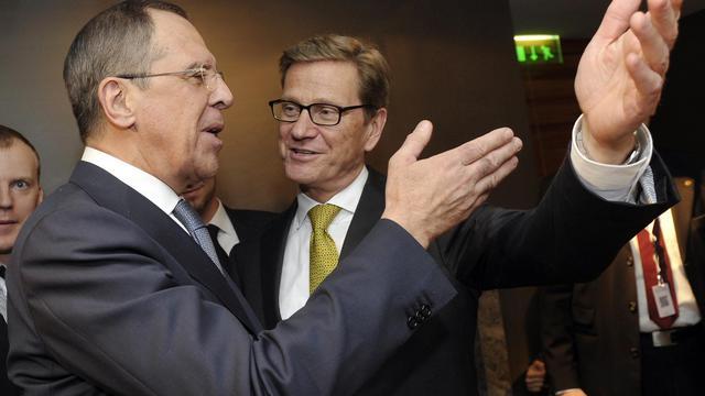 Les ministres russe Sergueï Lavrov et allemand Guido Westerwelle le 2 février 2013 à Munich [Thomas Kienzle / AFP/Archives]