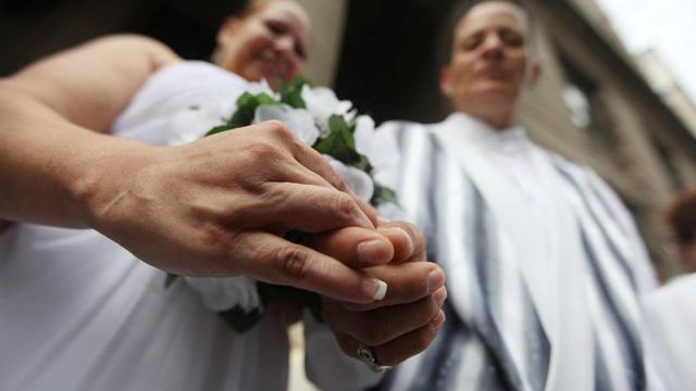 """Les """"Poissons Roses"""" réclament la convocation d'états généraux du mariage"""