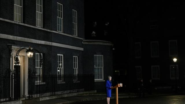 La Première ministre britannique Theresa May s'adresse aux médias devant le 10, Downing Street, le 16 janvier 2019 [Oli SCARFF / AFP/Archives]