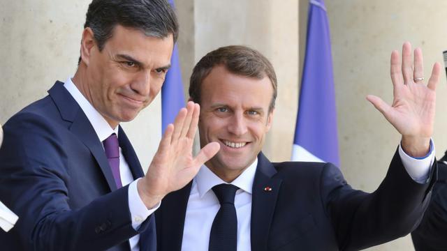 Emmanuel Macron accueille le Premier ministre espagnol Pedro Sanchez à l'Elysée le 23 juin [ludovic MARIN / AFP]