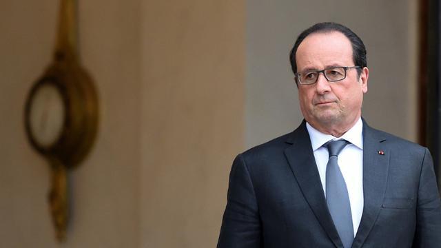 Le président français François Hollande le 2 décembre 2015 à l'Elysée à Paris [STEPHANE DE SAKUTIN / AFP/Archives]